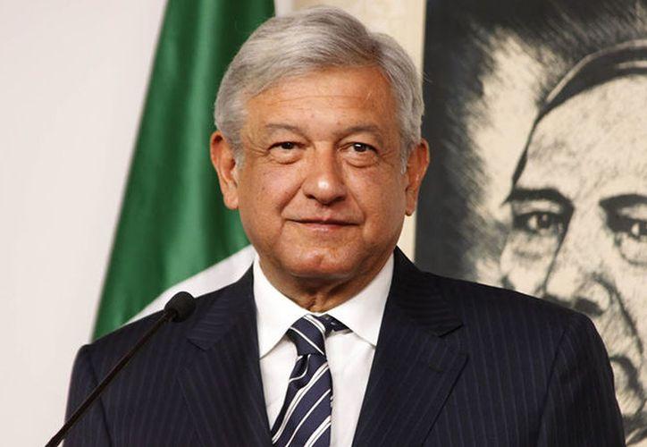 """López Obrador se comprometió a terminar con los denominados """"huachicoleros"""". (Foto: Contexto)"""