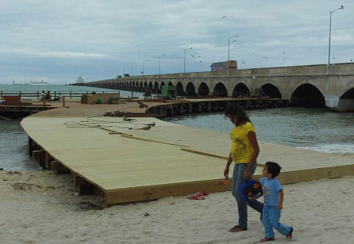 Este año continuarán las inversiones para mejorar la imagen turística de Progreso. (Manuel Pool/SIPSE)