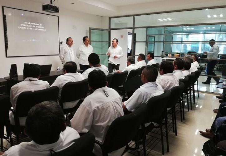La reunión se llevó acabo en la Escuela Judicial. (Foto: SIPSE)