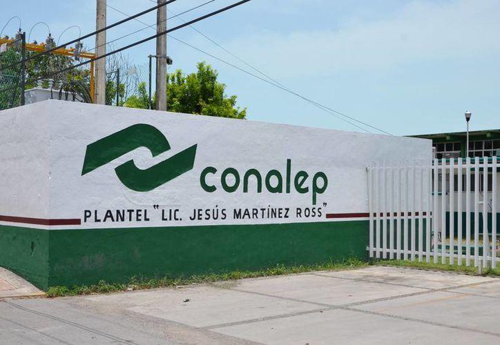 Se registra un déficit de solicitantes de nuevo ingreso a los sistemas del CBTA 11 y el CONALEP en Chetumal. (Gerardo Amaro/SIPSE)