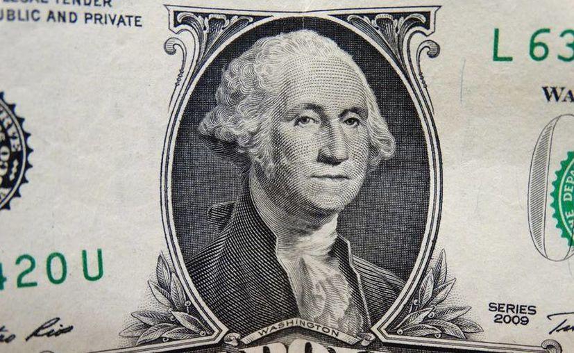 Banxico convoca a una o varias subastas de dólares suplementarias con precio mínimo. (SIPSE)
