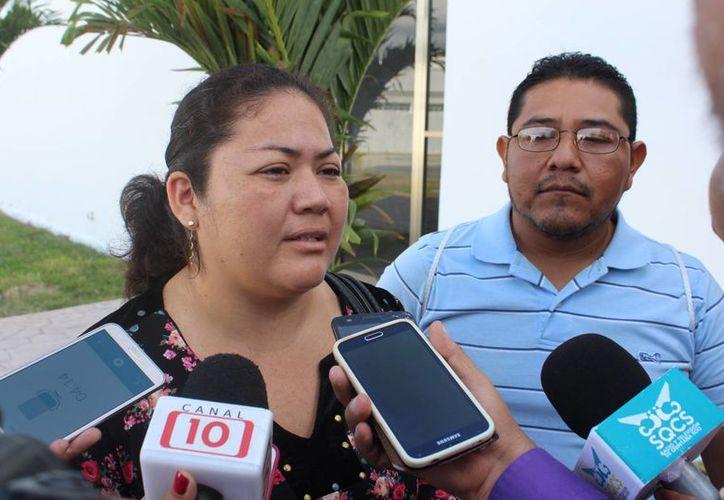 Los afectados piden justicia para su pequeña hija y cárcel para el médico responsable. (Foto: Redacción)