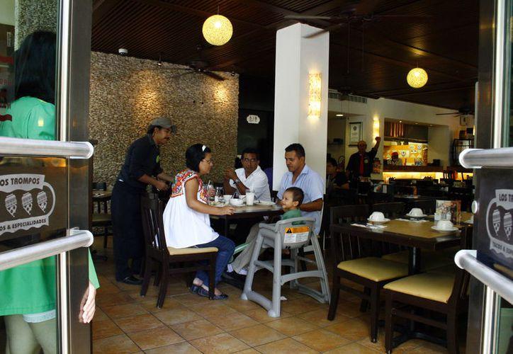 Restauranteros registran incrementos en el pago de electricidad. (Novedades Yucatán)