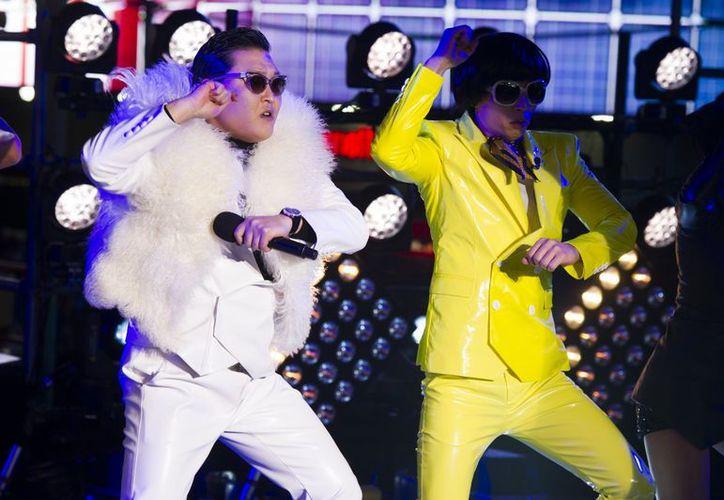 Psy considera que el Times Square de NY es el mayor escenario del Universo. (Agencias)