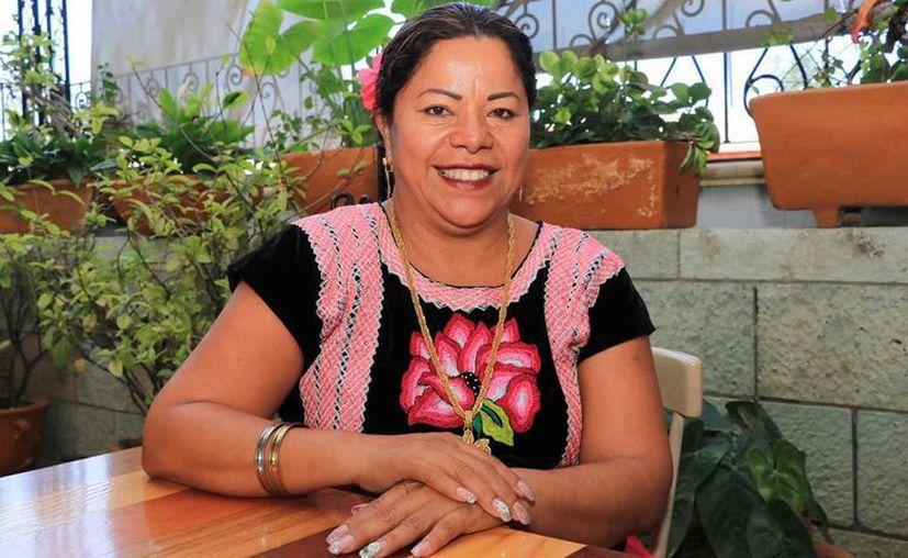 Rosa María Aguilar Antonio afirma que las candidaturas independientes son el camino para combatir las viejas prácticas de los partidos políticos. (oaxacapolitico.com)