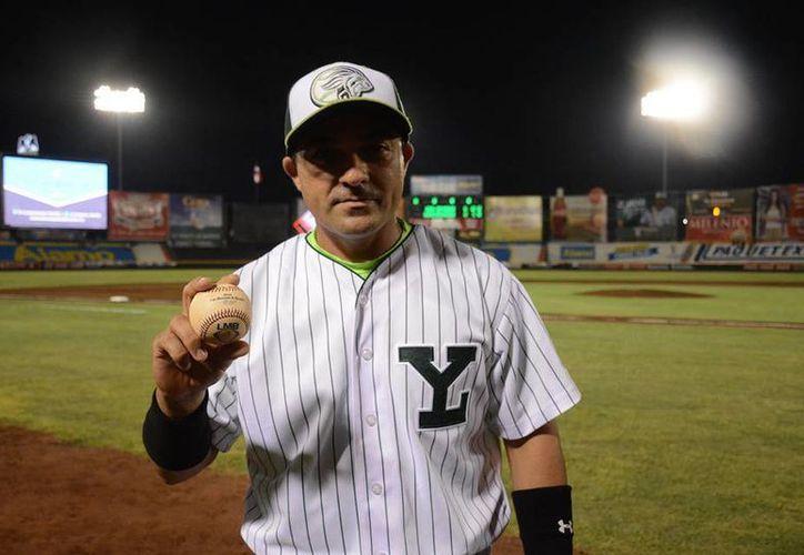 Morejón es ya integrante del selecto club con dos mil imparables. Solo 36 mexicanos han logrado conectar esa cantidad de imparables o más. (Facebook: Leones)