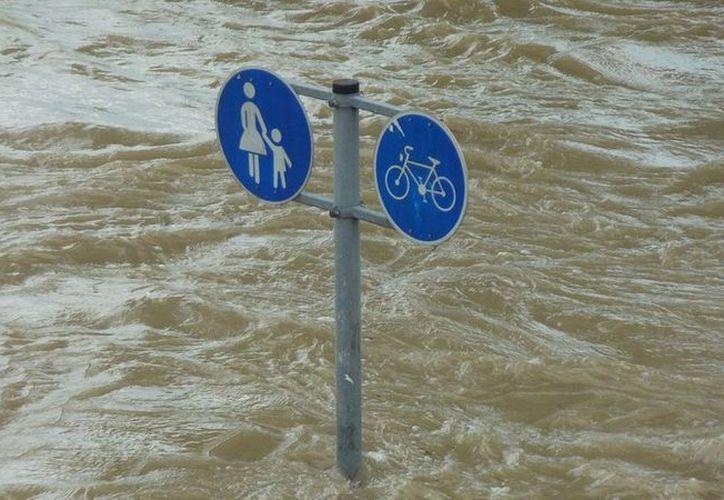 El fenómeno meteorológico ha provocado derrumbes en algunas áreas y ha bloqueado varias carreteras. (Pixabay.com)