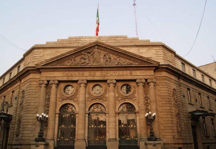 Miembros de la ALDF van por recuperar la confianza del ciudadano. (Archivo/Notimex)
