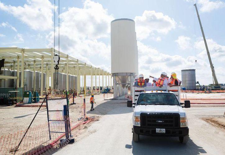 El Centro Industrial de Yucatán se levantará en terrenos aledaños a la Cervecería Yucateca, cuyos avances se ven en la imagen. (Archivo)