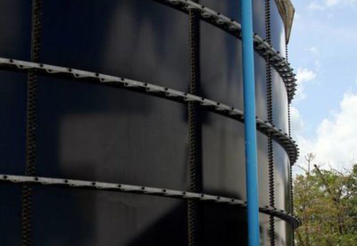 CAPA asegura que el abastecimiento de agua potable y la absorción de los residuos están cubiertos en el municipio de Solidaridad. (Adrián Monroy/SIPSE)