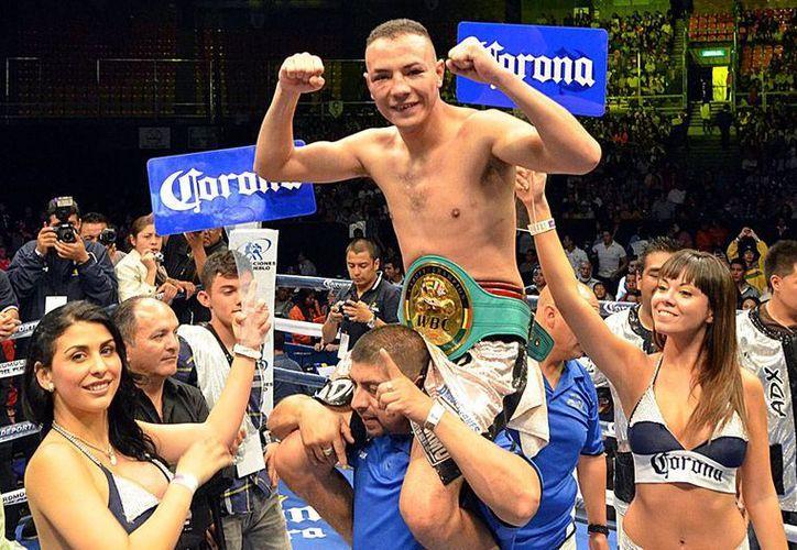 Dante Jardón también tuvo mayor puntuación de los jueces durante toda la ruta de la pelea.(Notimex)