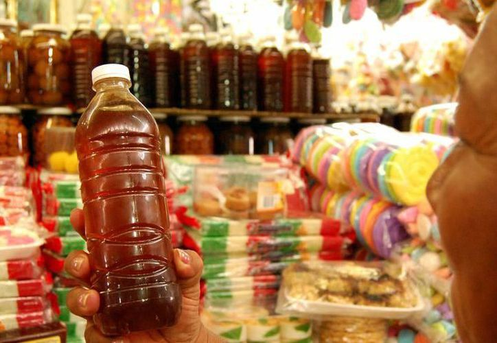 Establecerán precios justos para la miel para eliminar intermediarios. (Milenio Novedades)