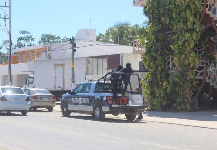 Los policías deben estar certificados para hacer válida la intervención en un operativo. (Sara Cauich/SIPSE)