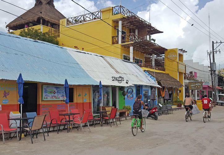 En el Programa de Desarrollo Urbano el municipio de Lázaro Cárdenas autorizó un centro poblacional en la zona de Isla Grande de Holbox, ubicada en Yum Balam. (Jesús Tijerina/SIPSE)