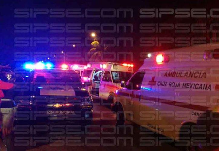 Elementos de Seguridad Pública se trasladaron a la zona para atender el reporte, así como cuerpos de emergencia. (Redacción/SIPSE)