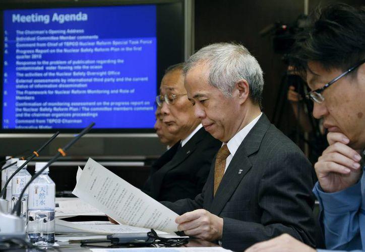 El presidente de la Compañía Eléctrica de Tokio (Tepco), Naomi Hirose, en las instalaciones de la empresa. (EFE/Archivo)