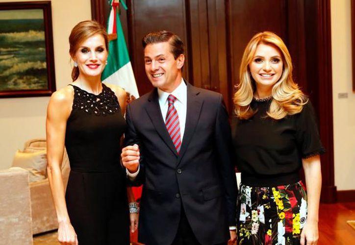 El presidente Enrique Peña Nieto se reunió en Los Pinos con la reina Letizia de España. (Vanguardia)