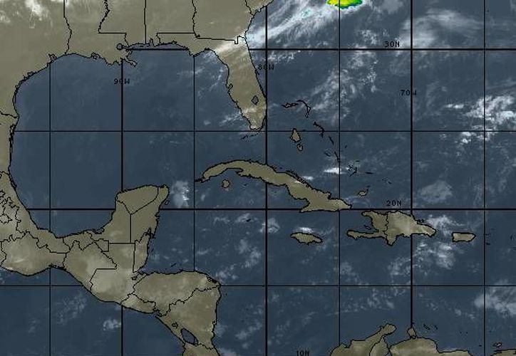 Remanentes del sistema de alta presión en el Golfo de México impulsan aire marítimo tropical con contenido de humedad hacia la Península de Yucatán. (www.wsi.com)