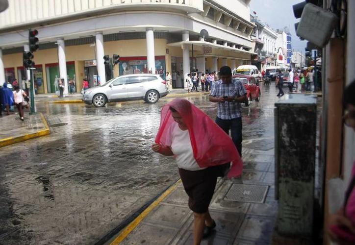 Nublados con potencial para tormentas fuertes en las porciones noreste, oriente y sur de Yucatán. (SIPSE)