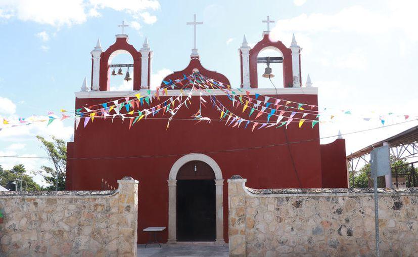La construcción actual de este templo católico data de 1887. (Daniel Sandoval/Novedades Yucatán)