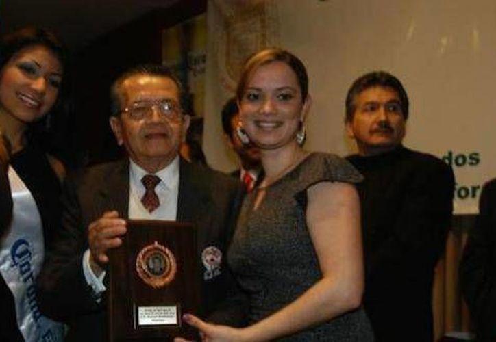 A la edad de 90 años falleció Raymundo Solís Gómez (c). (octavodia.mx)