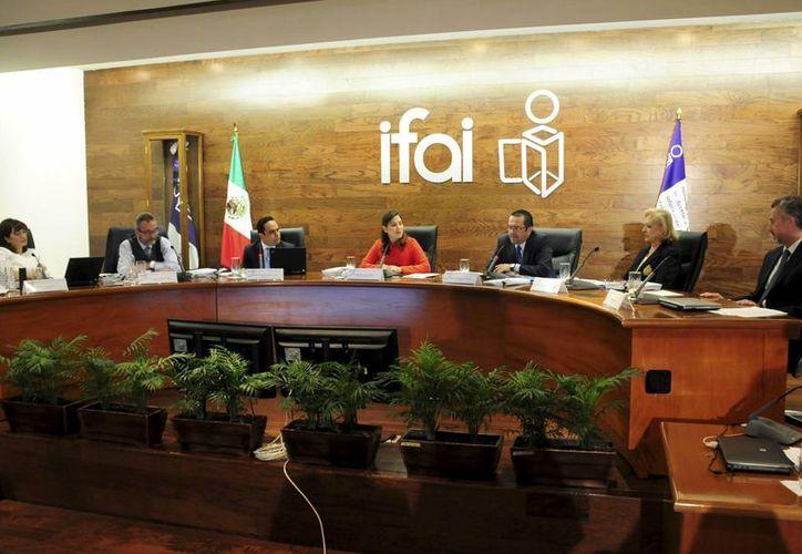 El IFAI determinó que el registro de esquemas para protección de datos personales serán gratuitos. (Archivo/Notimex)