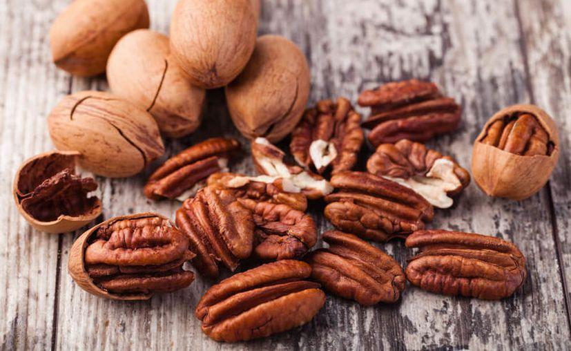 Para determinar que las nueces ayudan a nivelar colesterol, los investigadores analizaron los resultados de 26 estudios de intervención nutricional. (Contexto/Internet)
