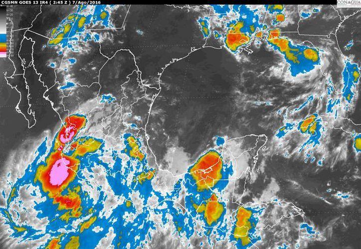 La zona de inestabilidad genera tormentas intensas en los estados del Pacífico. (Conagua)