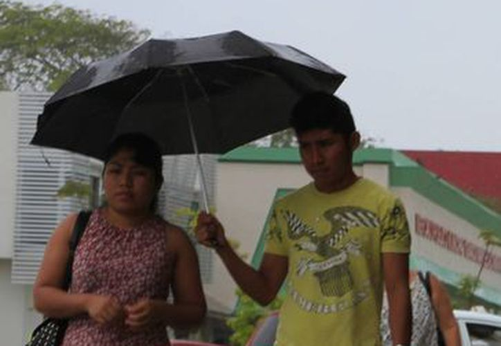 Exhortan a la población a extremar precauciones por las lluvias. (Ángel Castilla/SIPSE)