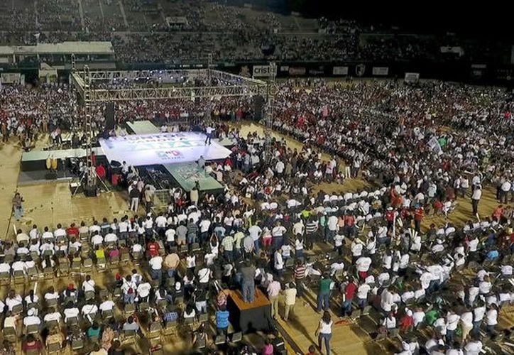 El PRI cerrará campaña a la gubernatura en el recinto ferial de Xmatkuil. (Milenio Novedades)