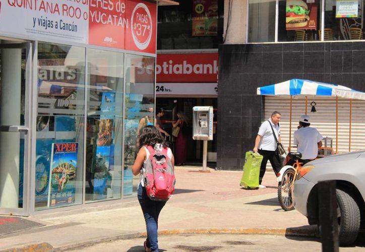 El ambulantaje podría provocar el cierre de varios comercios establecidos. (Foto: Octavio Martínez/SIPSE)