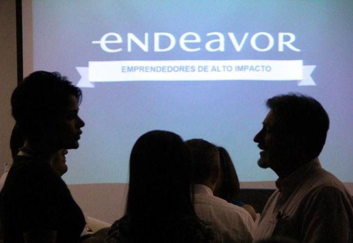 La organización Iltas Sureste promueve un taller para emprendedores de Yucatán. Imagen de contexto de un grupo de jóvenes en un curso. (Milenio Novedades)
