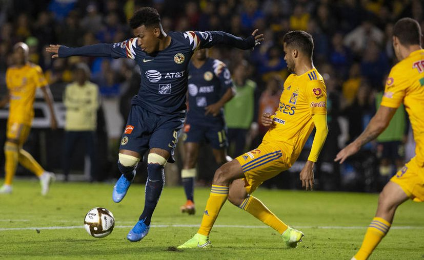 América logró su pase a la semifinal al derrotar 4-2 a Tigres. (mexsport)