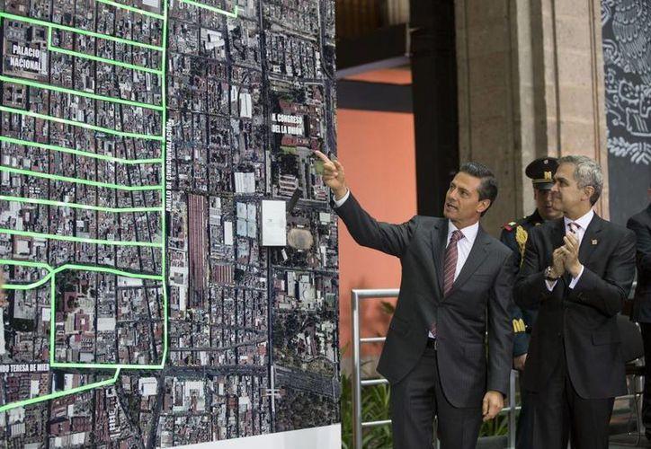 Peña Nieto adelantó que será modernizada la red eléctrica subterránea del corredor Paseo de la Reforma. (Presidencia)