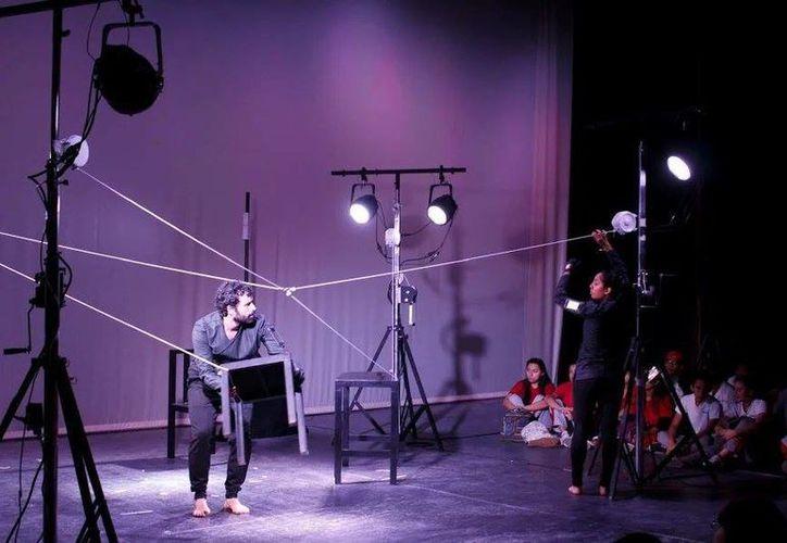 La puesta en escena 'Alucinación Compartida' se presentará el 2,3 y 4 de diciembre en el Olimpo. (Milenio Novedades)