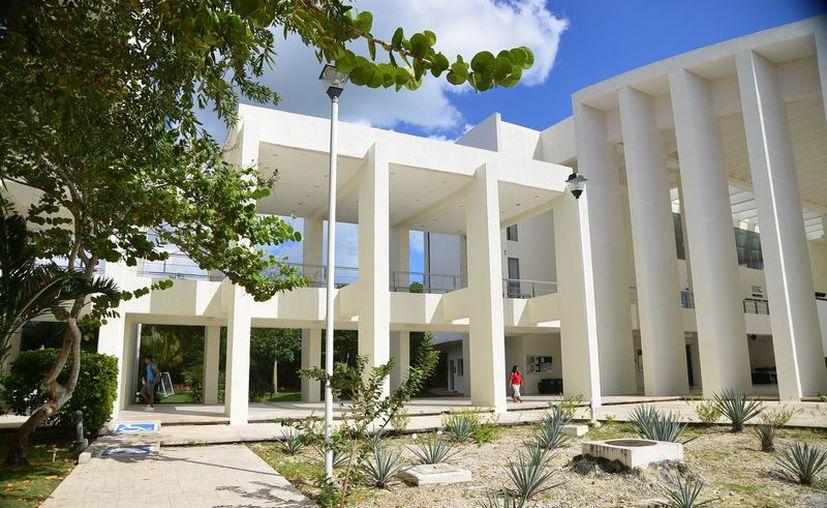 Las universidades serán beneficiadas con recursos del Fondo de Aportaciones Múltiples. (Karim Moisés/SIPSE)