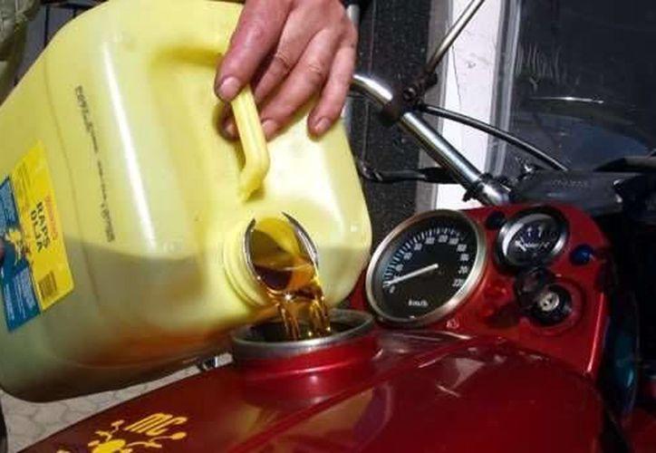 El compuesto es utilizado como anticongelante y combustible. (fondear.org)