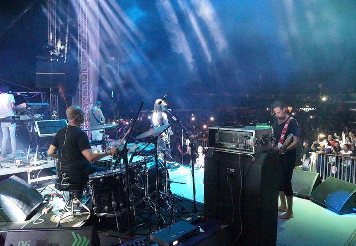 Famosos grupos de rock se presentaron en el evento. (Jocelyn Díaz/SIPSE)