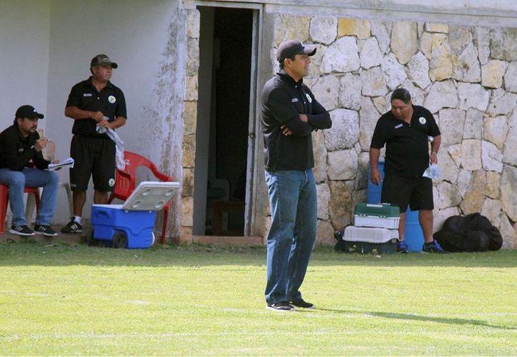 El técnico Arturo Espinoza Quintero. (Foto: Milenio Novedades)