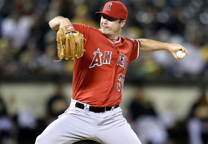 El lanzador derecho, de 1.93 metros de estatura y 99 kilogramos de peso, jugó para Los Angelinos de Los Ángeles de Anaheim. (Redacción/SIPSE)