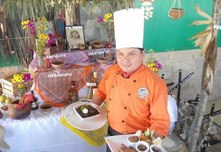 El chef Aké Keb retoma recetas de la tradicional cocina yucateca para darles nuevos sabores. (Manuel Pool/SIPSE)