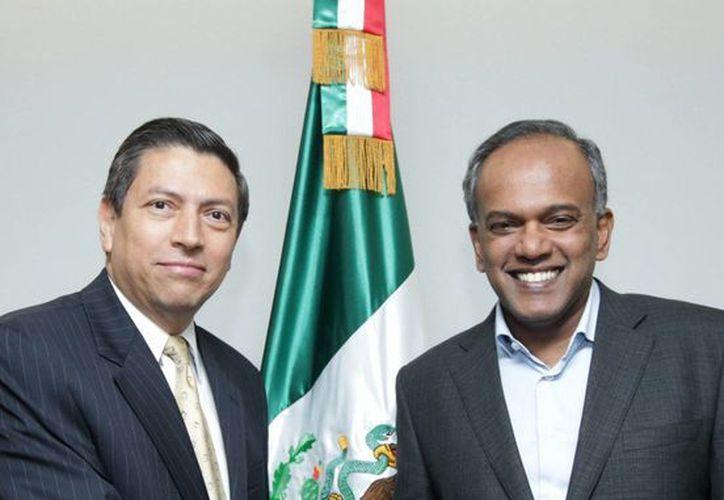 El ministro de Asuntos Exteriores y de Justicia de Singapur, Kasiviswanathan Shanmugam (derecha), inicia una visita oficial a México, mañana lunes. (Notimex)