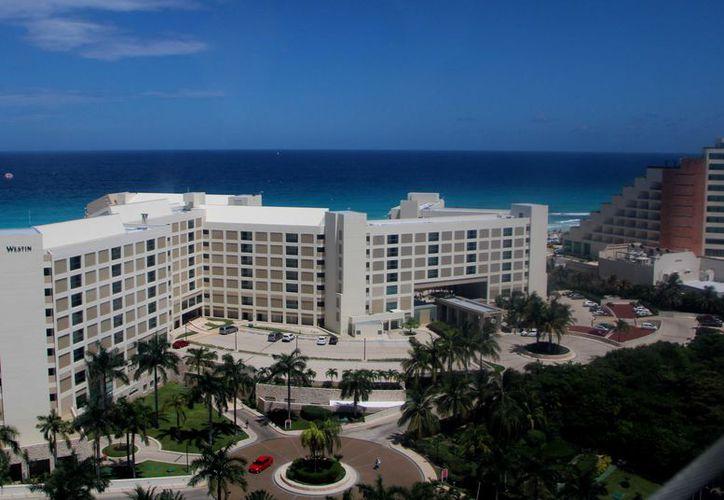 La Asociación de Hoteles de Cancún y Puerto Morelos solicitó una prórroga para poder cumplir hasta julio de este año. (Paola Chiomante)
