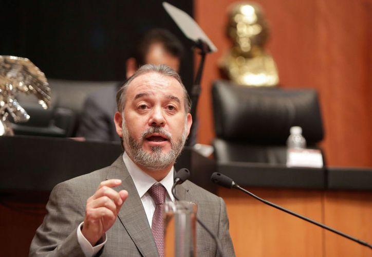 Cervantes es quien el PRI y sus aliados quieren promover como ser Fiscal General de la Nación hasta el 2026; los opositores de este nombramiento le han bautizado como #FiscalCarnal. (La Silla Rota)