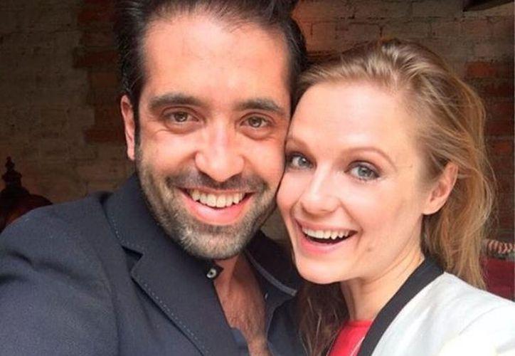 Layevska, para demostrar cómo ha avanzado su embarazo, subió a una foto a Instagram. (Zeleb)