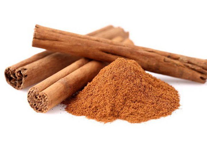 La canela tiene beneficios para la salud. Uno de los más importantes es que reduce la cantidad de azúcar en la sangre, por lo que es recomendable para diabéticos. (Hugo Lizama/SIPSE)