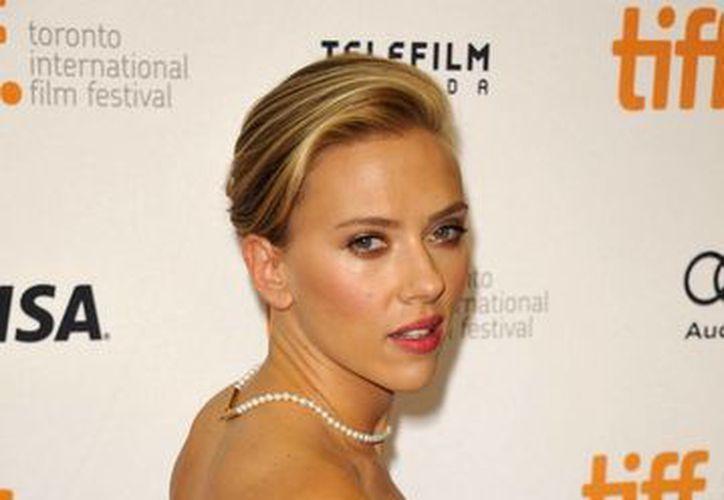 La actriz estadounidense Scarlett Johansson defiende sus raíces judías. (EFE/Archivo)