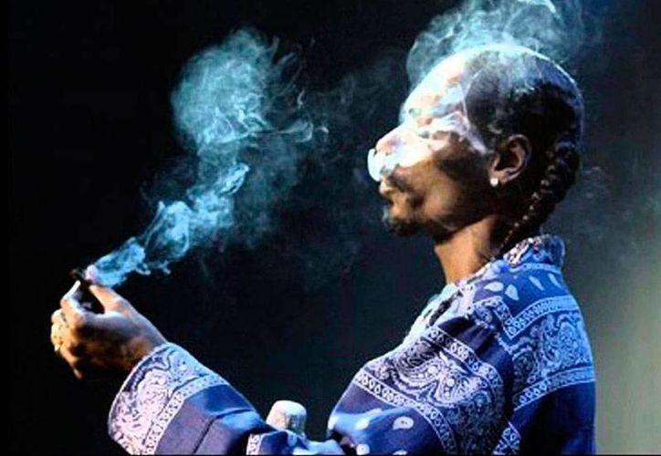 Snoop Dogg lanzará el sitio web Merry Jane, en el que pretende promover el consumo de marihuana. La imagen es únicamente de contexto. (excelsior.com.mx)
