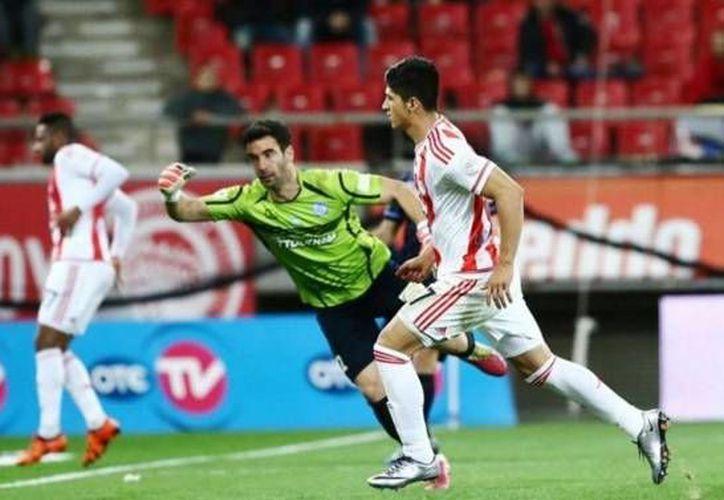 El mexicano Alan Pulido se estrenó con el OIimpiacos en partido donde golearon por 6-0 al Chania, para acceder a los cuartos de final en la Copa de Grecia. El mexicano marcó el quinto 'pepino' al minuto 73. (Twitter: @deportepord )