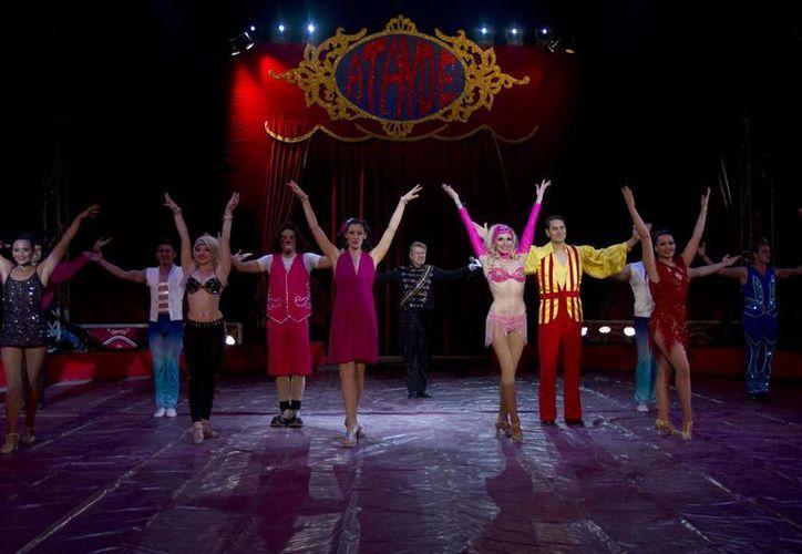 El Circo Atayde tiene el compromiso de ofrecer al público espectáculos de calidad, apoyándose en los avances tecnológicos en audio, iluminación y efectos especiales, prepara su temporada para el 2014. (Notimex)